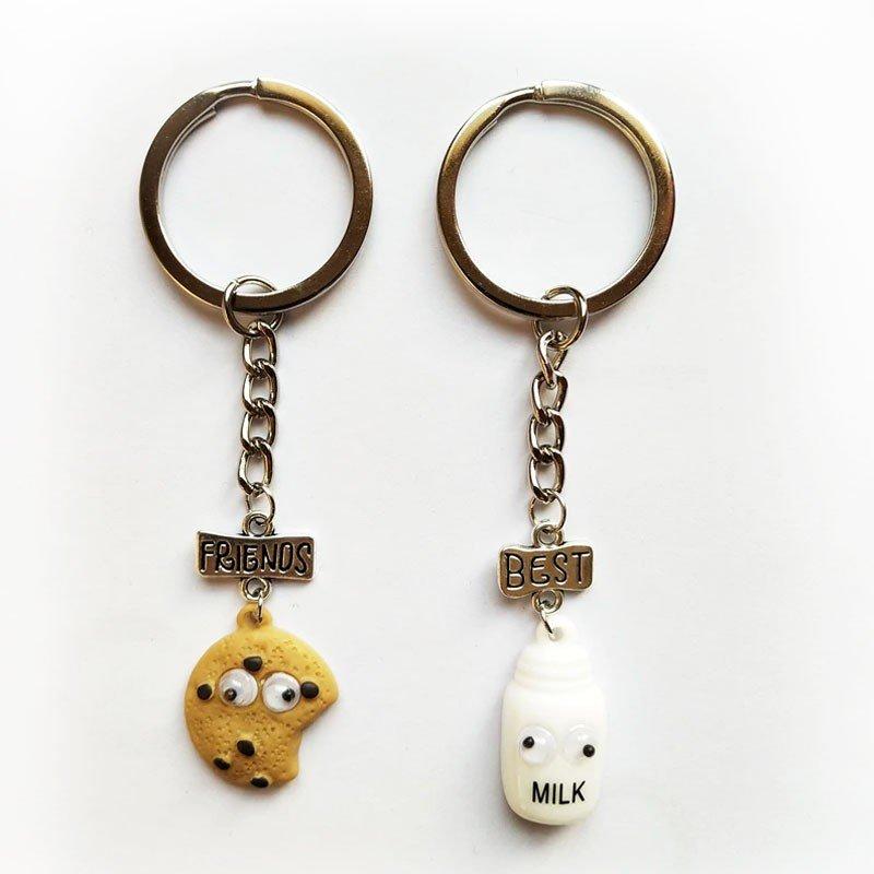 köp billiga nyckelringar - 2 st Cookies biscuits and Milk nyckelringar Best friends - billiga accesoarer